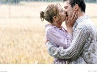 kissing_in_the_rain_1600x1200